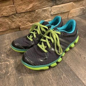 Adidas Women's Running Tennis Shoes Size 7.5